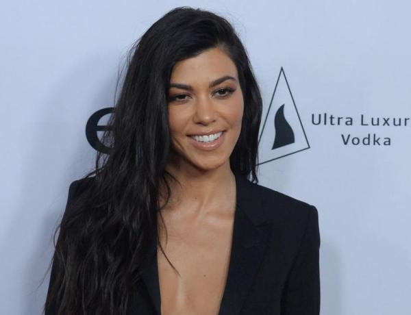Kourtney Kardashian entièrement nue… pour un nouveau projet !