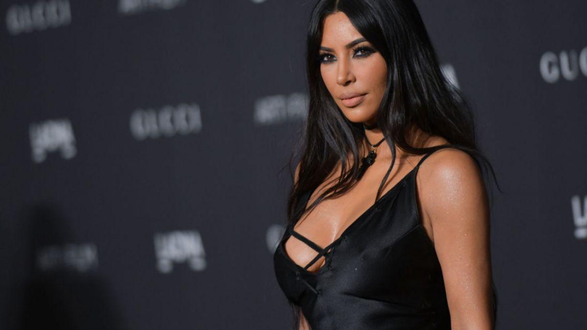 Kim Kardashian bientôt avocate ? La star de télé-réalité étudie le droit !