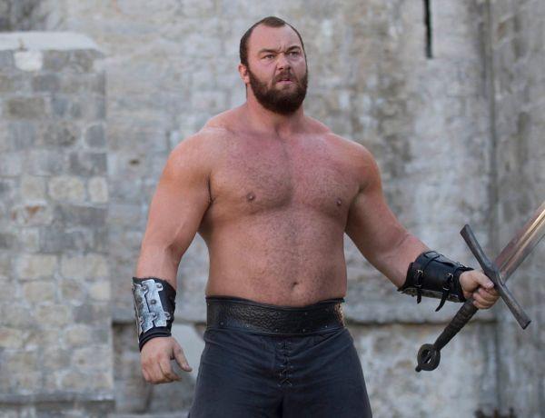 Cet acteur de Game of Thrones vient de battre un incroyable record !
