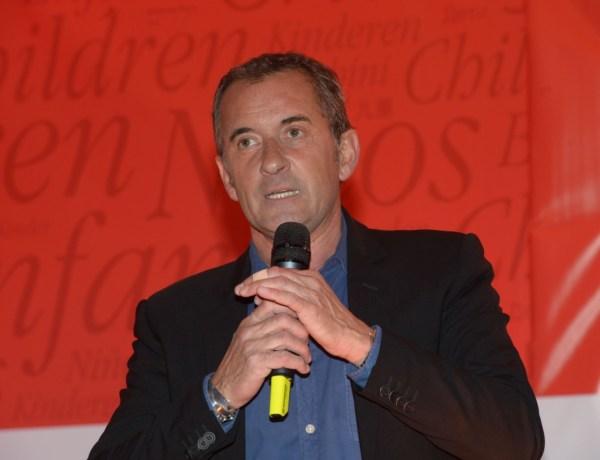 Christophe Dechavanne endeuillé : Il dit adieu à son plus fidèle compagnon