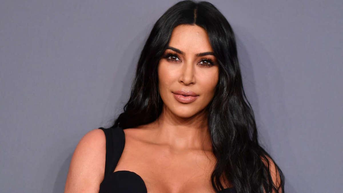 Kim Kardashian victime de violences conjugales, elle accuse son premier mari !