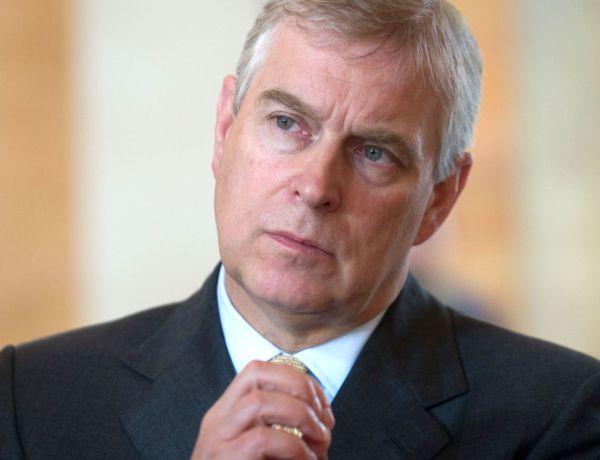 Affaire Epstein – Des révélation fracassantes sur le Prince Andrew : «Il s'était même mis à me lécher entre les orteils»