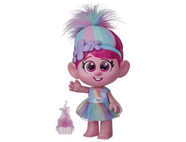 Cette poupée Troll au bouton mal placé et au cri dérangeant crée la polémique