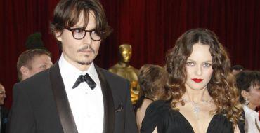 Johnny Depp et Vanessa Paradis : Leur fils Jack s'offre une rare sortie avec sa chérie