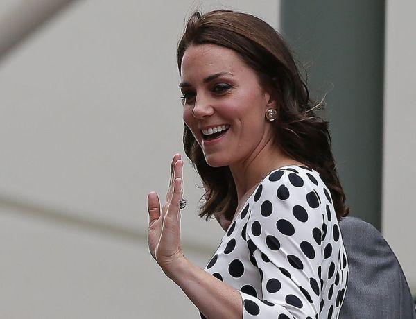Kate Middleton fait sensation en robe Zara à 11 euros