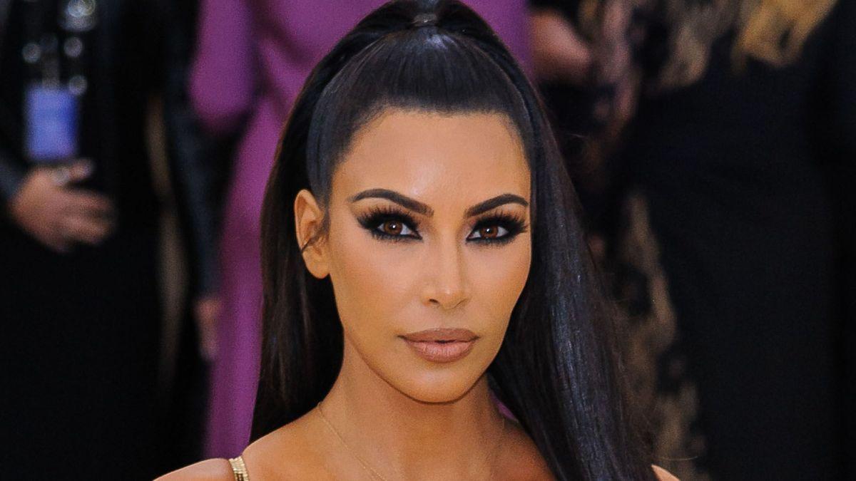 Kim Kardashian : le retour de son sixième orteil déchaîne les internautes !