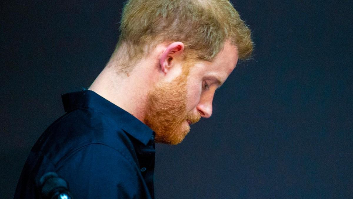 Le prince Harry accusé d'accepter «l'argent gagné en humiliant sa propre famille, en particulier sa mère»
