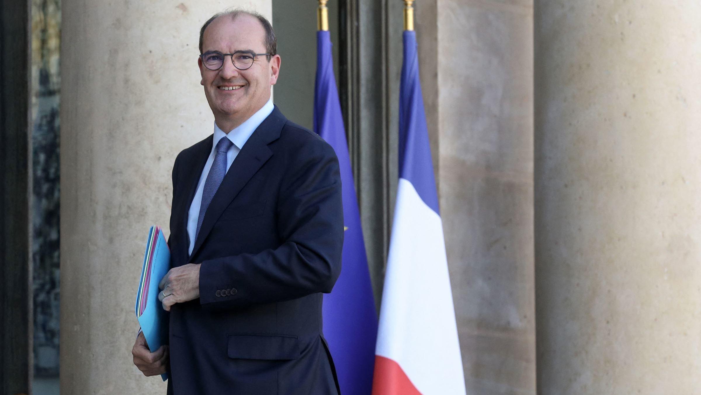 Jean Castex et son épouse posent en Une de Paris Match... Le Premier ministre moqué sur les réseaux sociaux