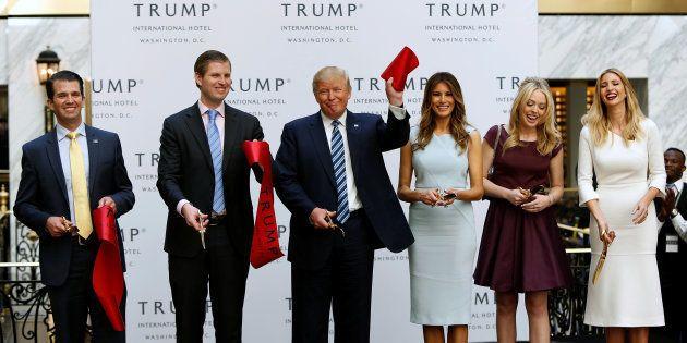 Donald Jr, Eric, Donald, Melania, Tiffany et Ivanka Trump
