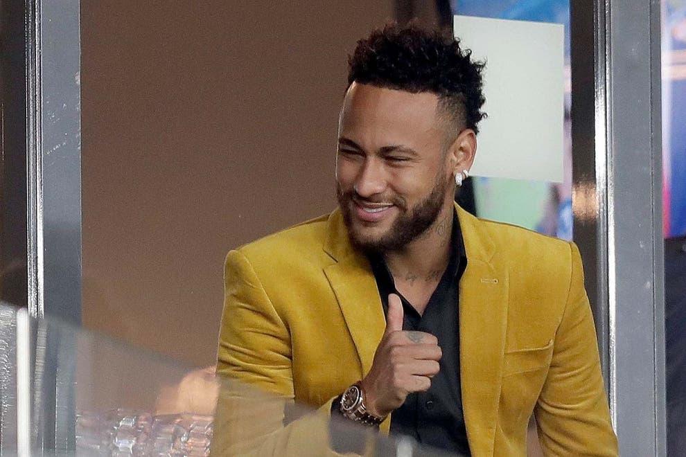 """Nouvelles révélations concernant Neymar et """" sa fête géante """" pour le réveillon !"""