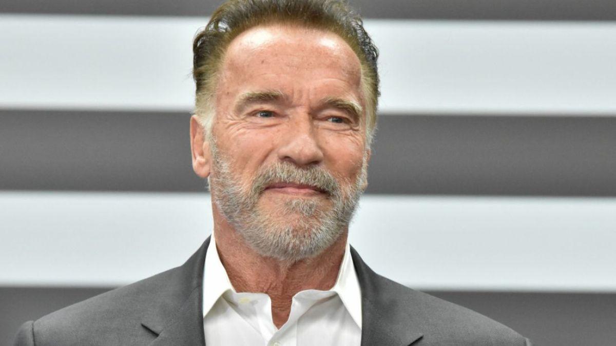 Arnold Schwarzenegger filmé lors de son vaccin contre la Covid-19, il lance un message à ses fans