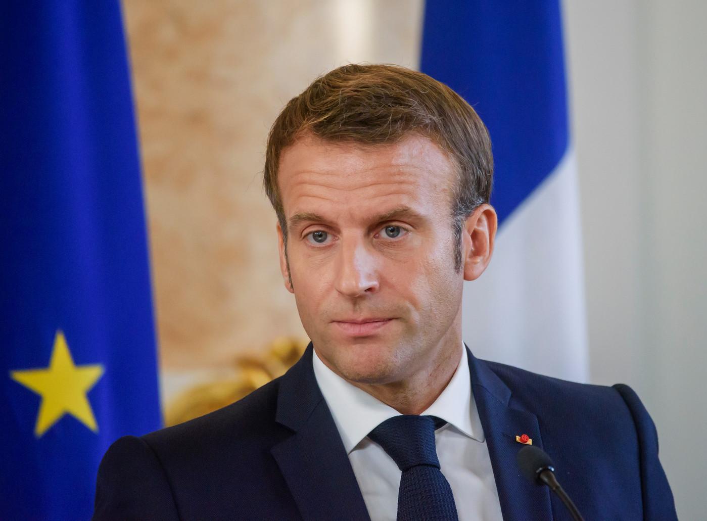 """Emmanuel Macron : Il pousse un nouveau coup de gueule """"Je veux qu'on accélère vraiment sur les vaccins"""" !"""