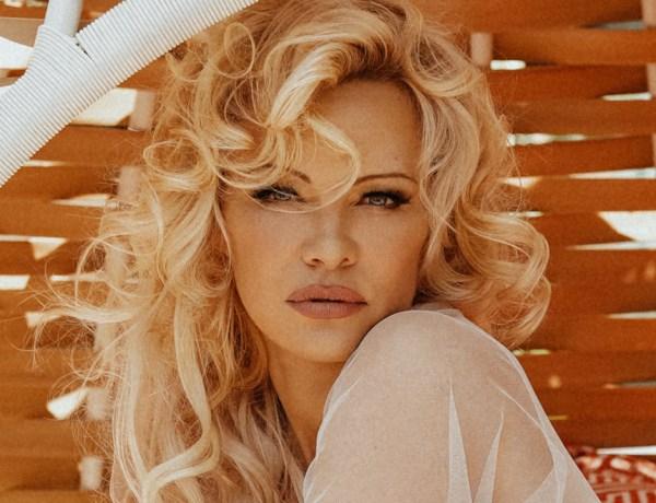 Pamela Anderson quitte les réseaux sociaux qu'elle accuse de vouloir contrôler nos cerveaux