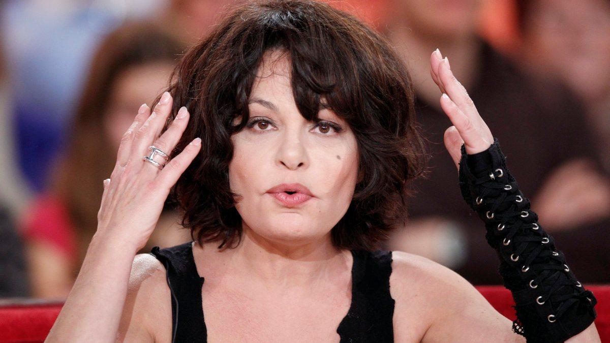 Isabelle Mergault tacle Line Renaud : Découvrez pourquoi elle lui en veut !
