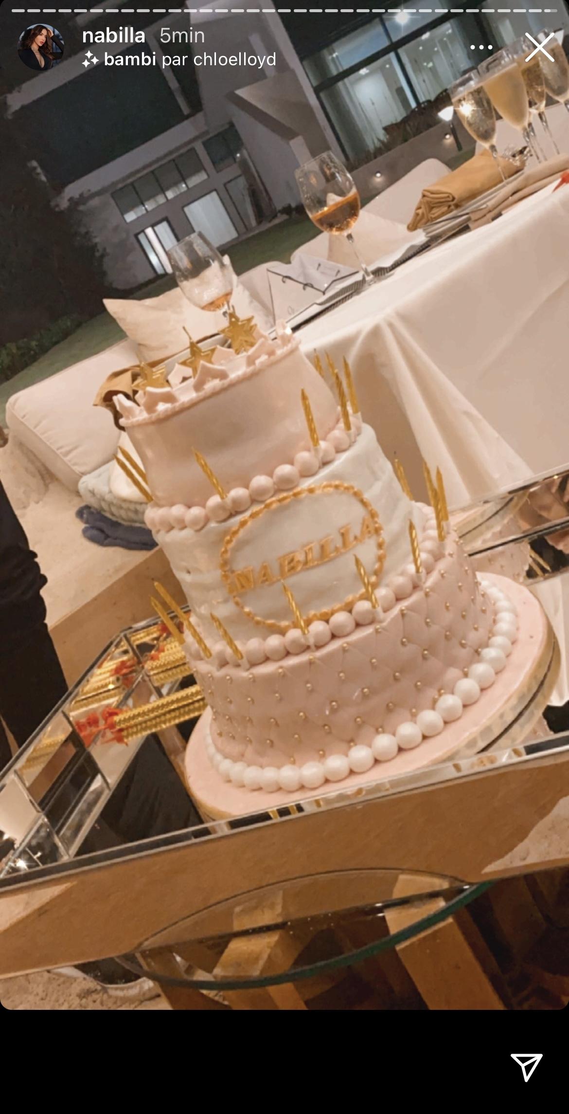 Joyeux Anniversaire Nabilla ! La jolie brune fête ses 26 ans !