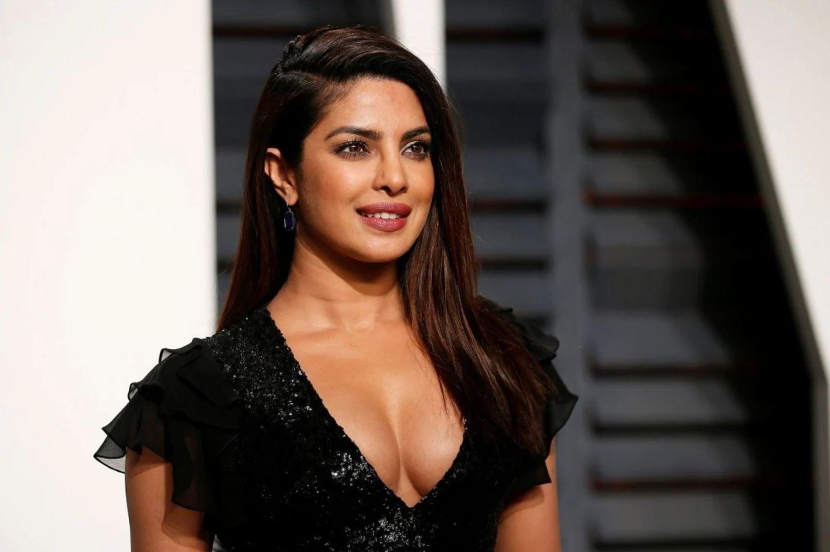 Priyanka Chopra : Une opération de chirurgie esthétique pour devenir actrice ? L'incroyable anecdote