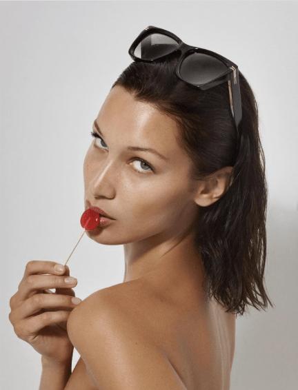 Bella Hadid : Torride pour Marc Jacobs, elle hypnotise la Toile !