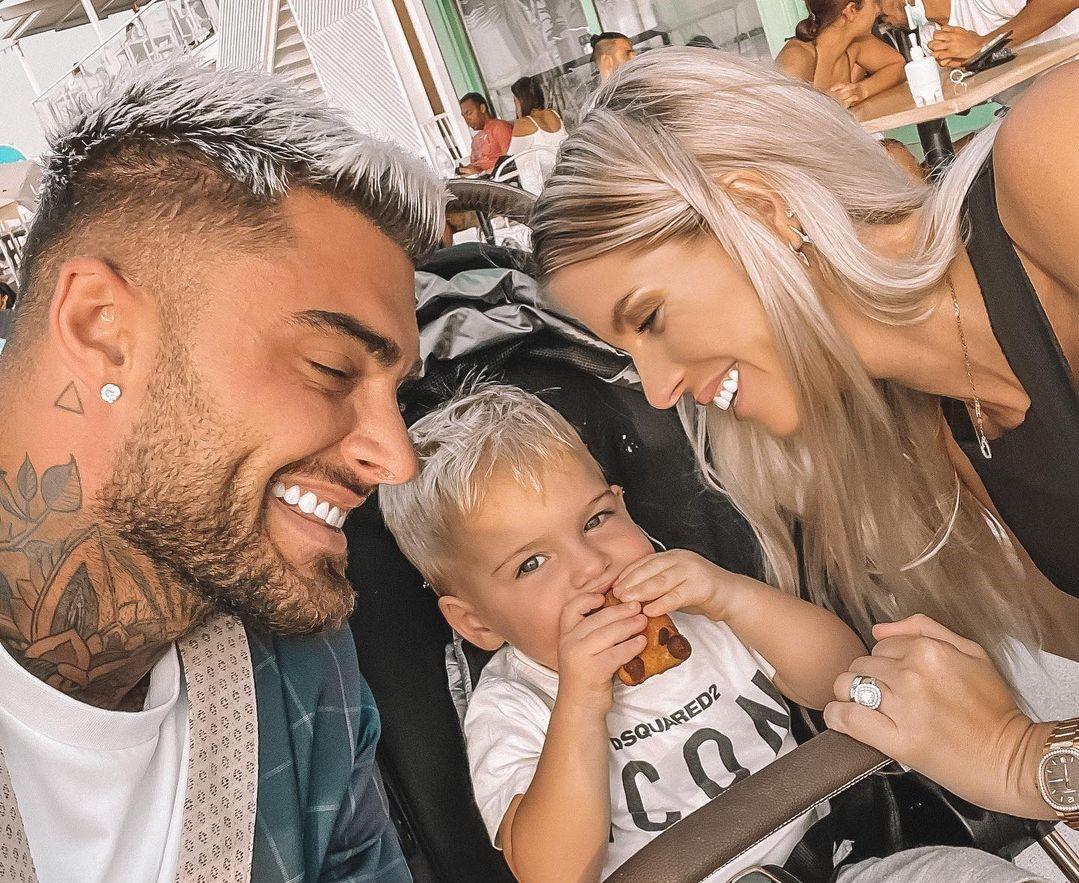Thibault Garcia et Jessica Thivenin avec leur petit Maylone @Instagram