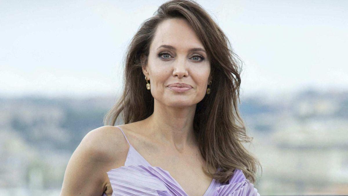 Angelina Jolie : Cinq ans après sa rupture avec Brad Pitt, elle explique la raison de son célibat !