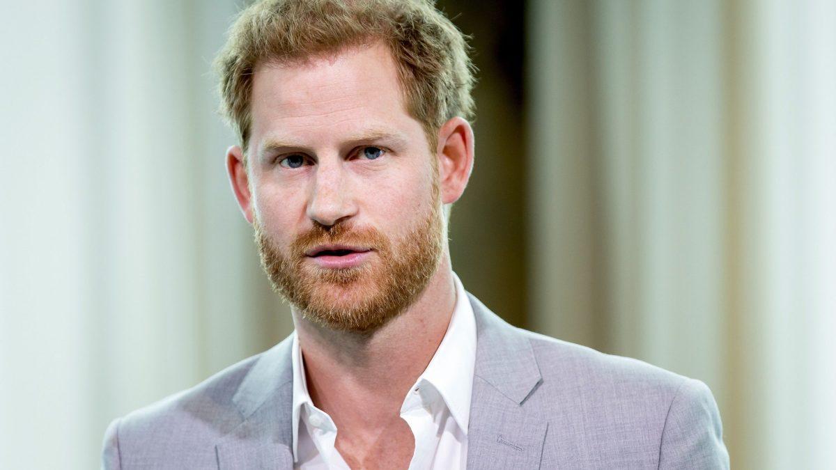 Le prince Harry sur le point de sortir ses mémoires : Découvrez la réaction de la famille royale