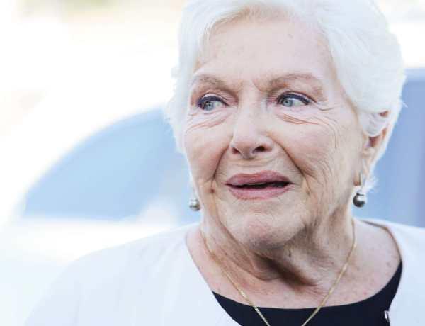 Line Renaud : Des années après, elle raconte à quel point Édith Piaf était «méchante»