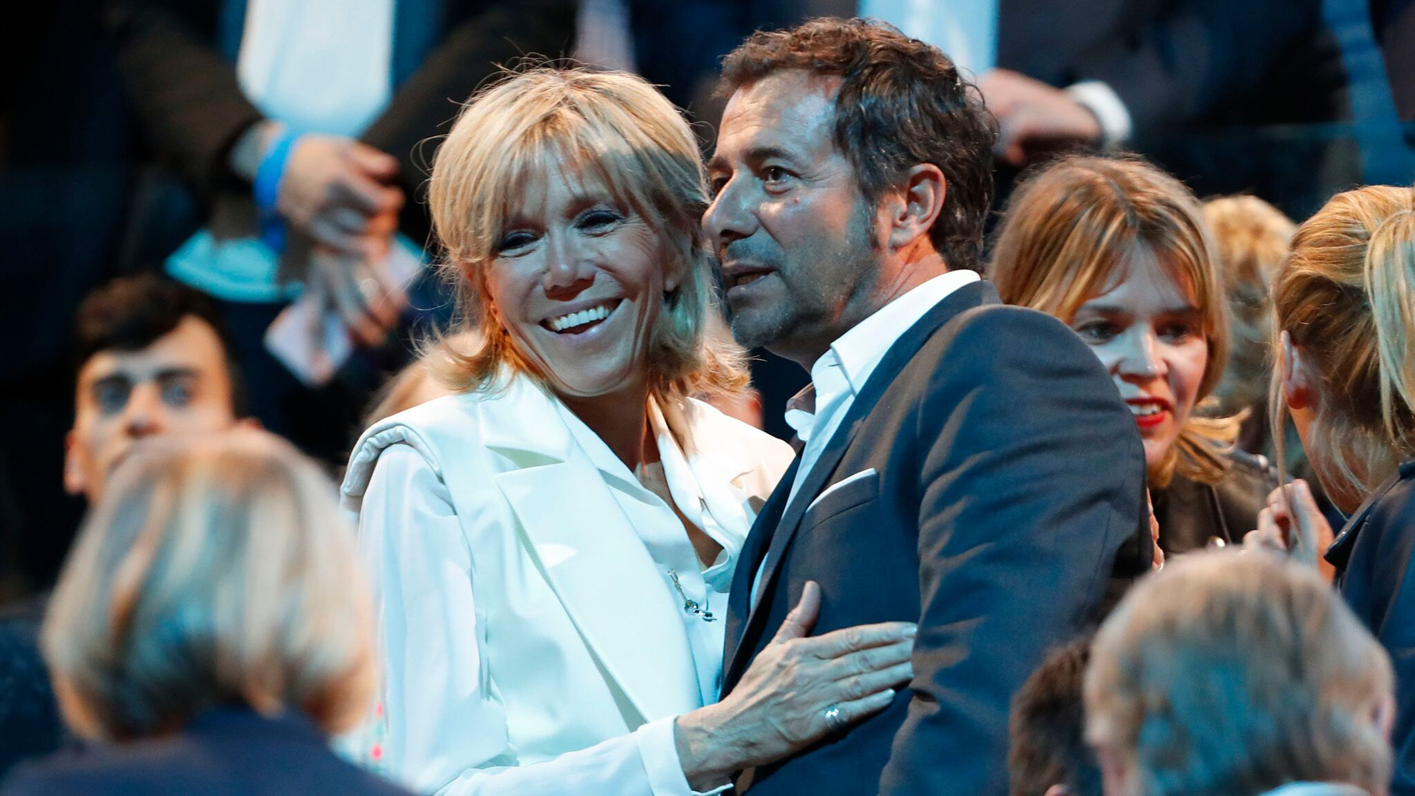 Brigitte Macron : Bernard Montiel proche de la première Dame ? Il répond à une rumeur à leur sujet !