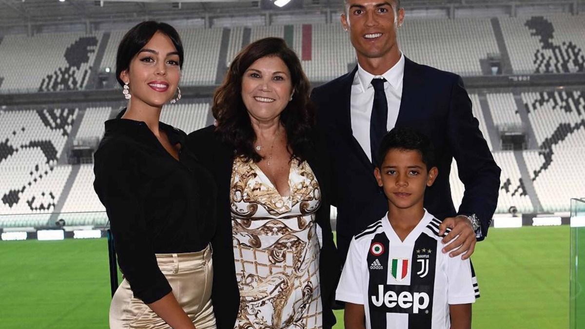 Cristiano Ronaldo bientôt marié à Georgina Rodriguez ? Pourquoi sa mère s'y opposerait !
