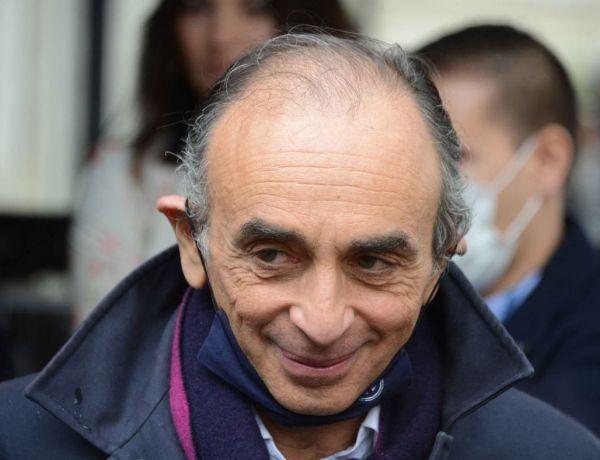 Eric Zemmour armé face à des journalistes : Cette blague douteuse qui scandalise la toile
