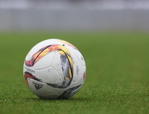 Un footballeur porte plainte après avoir couché avec deux mineures et se retrouve en garde à vue