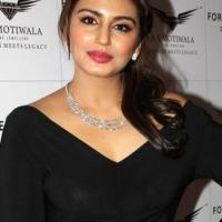 Huma Qureshi Bra Size Height Weight Body Measurements Wiki