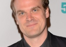David Harbour Height, Weight, Body stats, Wiki