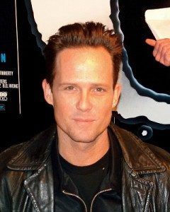 Dean Winters Height, Weight, Body stats, Wiki