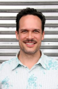 Diedrich Bader Height, Weight, Body stats, Wiki