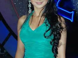 Jennifer Winget Measurements, Height, Weight, Bra Size, Age, Wiki, Affairs