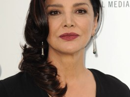 Shohreh Aghdashloo Measurements, Height, Weight, Bra Size, Age, Wiki, Affairs