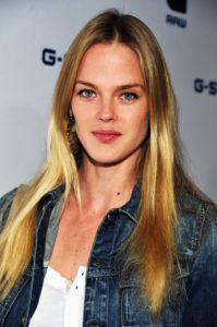 Shannan Click Measurements, Height, Weight, Bra Size, Age, Wiki, Affairs