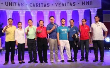Angara, Poe, Villanueva, Gordon, Belgica, Seneres, Falcone, Alcantara, and Penson at the final Harapan 2013