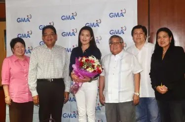 GMA  ETV's OIC Lilybeth G. Rasonable, President and COO Gilberto R. Duavit, Jr., Jean, Chairman and CEO Atty. Felipe L. Gozon, Manny Valera (Jean's manager), and GMA VP for Drama Redgie Acuña-Magno)