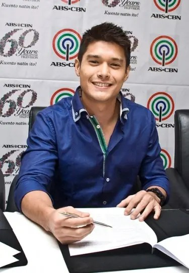 JC De Vera inks a two-year contract with ABS-CBN (1)