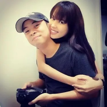 Chito Miranda and girlfriend Neri Naig constantly reaffirm their love for each other on their Instagram accounts after their sex videos hit the web. ~ Photo from Naig's Instagram account
