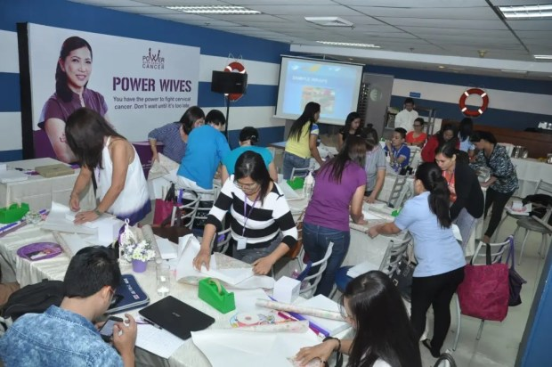 Seafarer wives  during the  Gift wrapping session 4