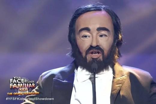 Elha as Pavarotti