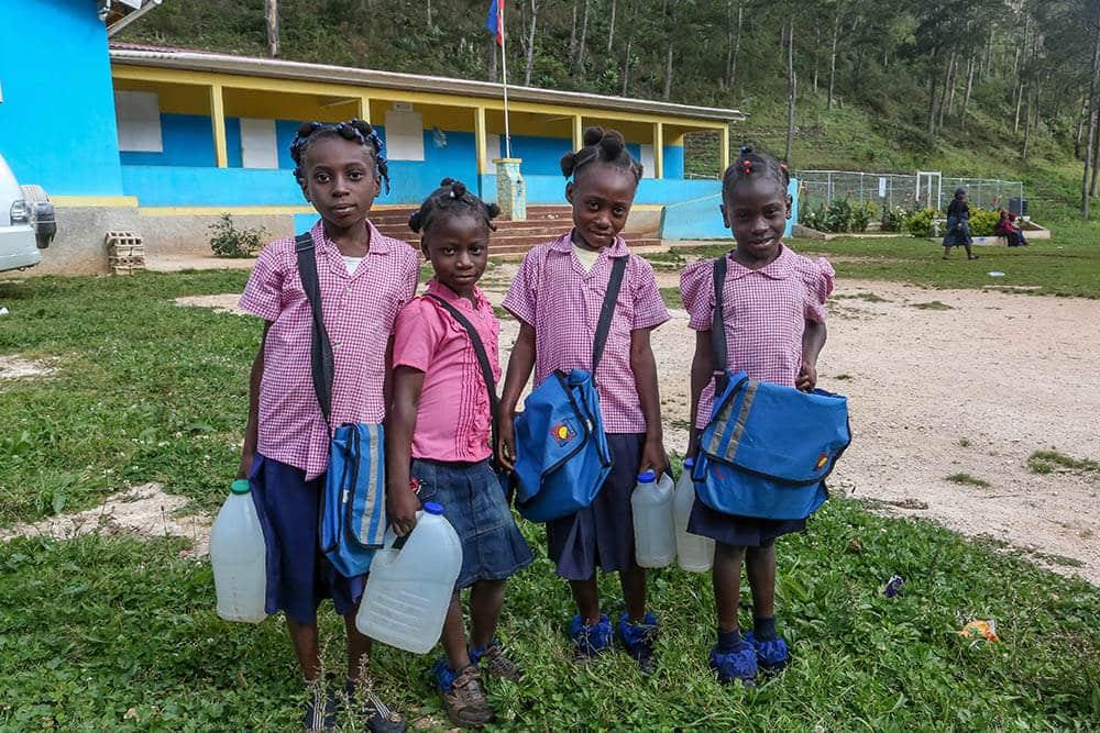 skolvaska-haiti-bois-negresse