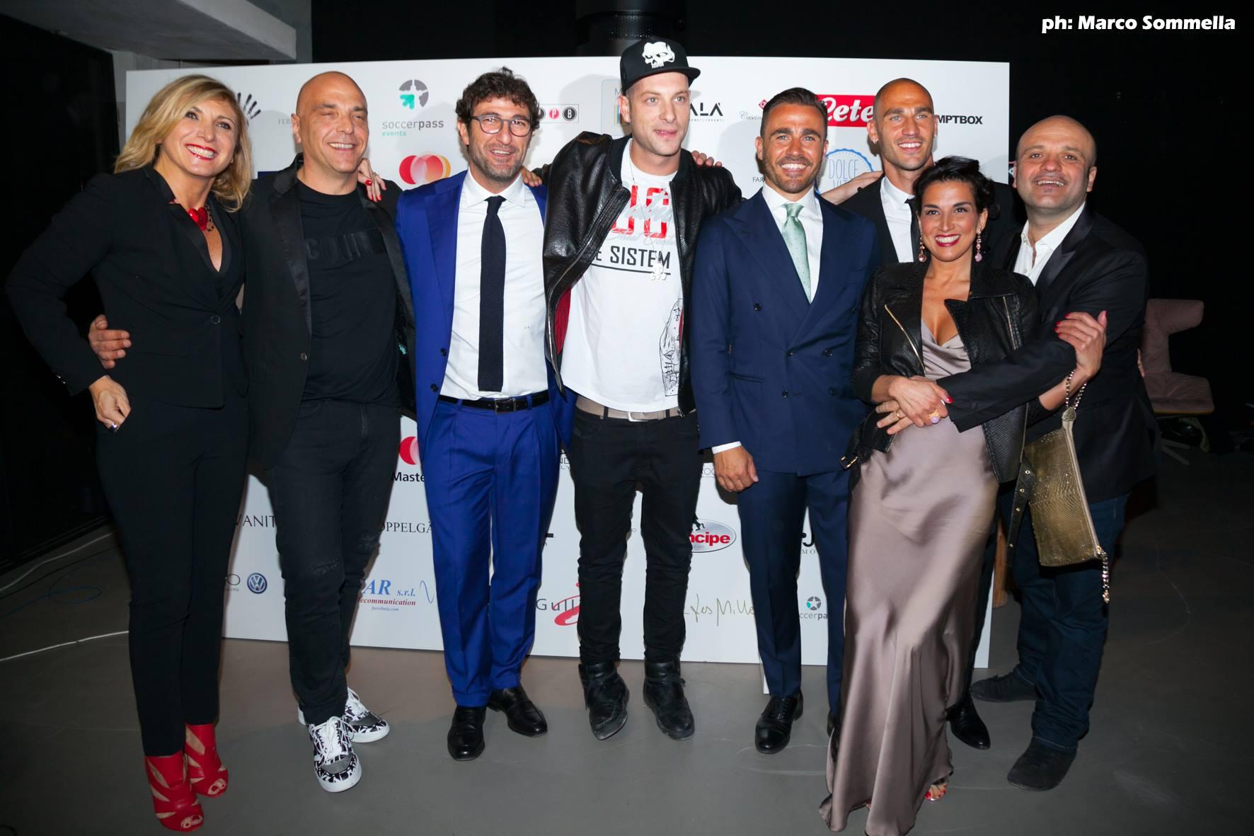 LADY LETIZIA IN BURLESQUE: Alla cena benefica della Fondazione Cannavaro- Ferrara
