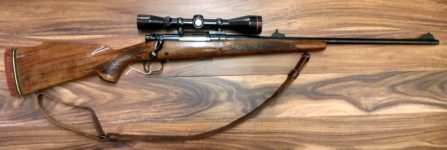 WINCHESTER MODEL 70 7MM BOLT ACTION RIFLE