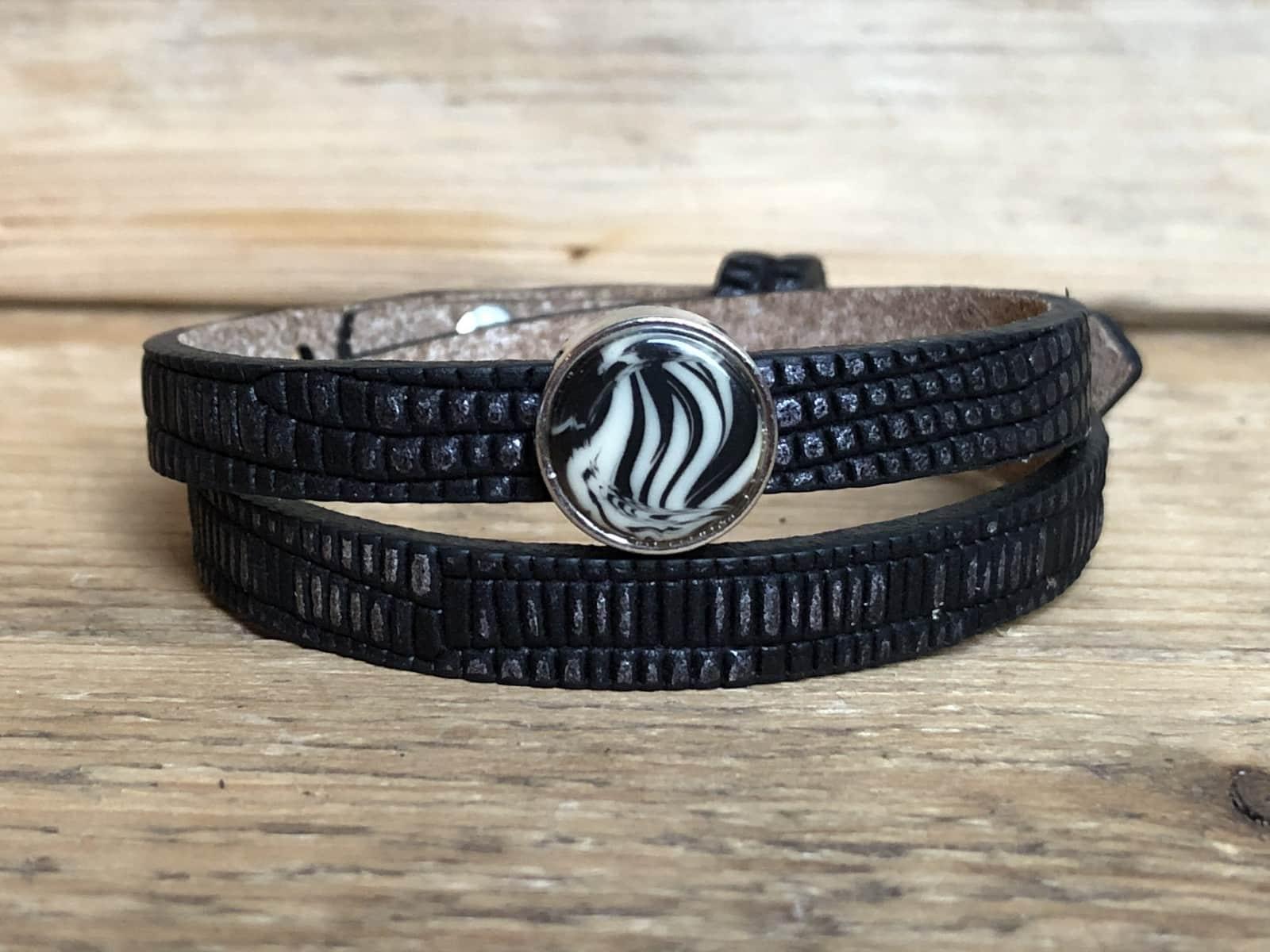 Black-zilver met cabochon Zebra silk Beige