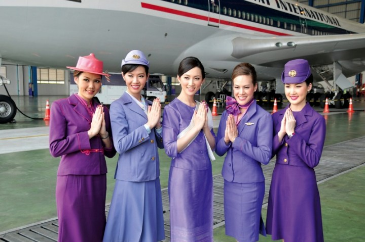 Thai_Airways_Flugbegleitern