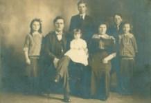 НИЈЕ ЗАБОРАВИО ПАНЧЕВО... Др проф. Костић са породицом