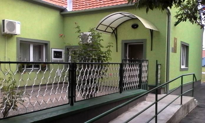 ОВДЕ И КАНЦЕЛАРИЈА... Центар за социјални рад Ковачица