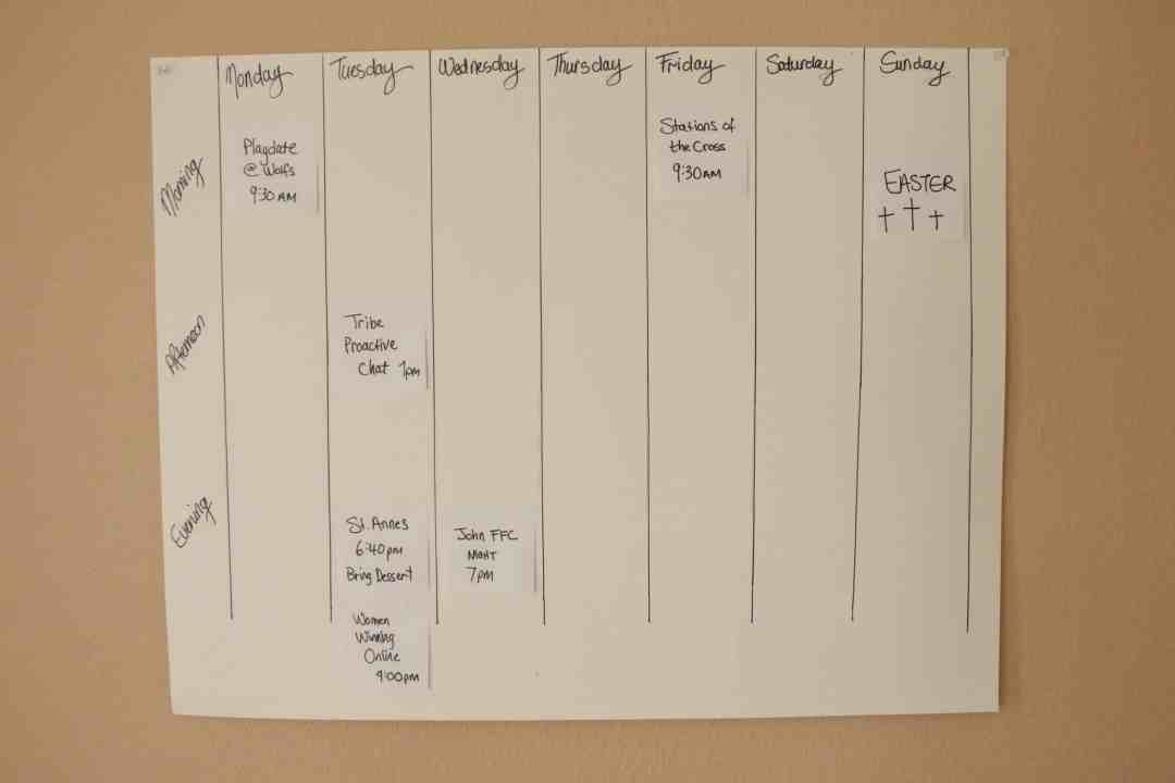 Super Simple Weekly Schedule to Get Stuff Done Post-it Notes Organize and Schedule my Life with Post it notes - Super Simple Hack! 3